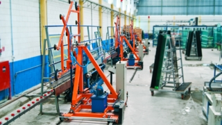 Robôs Socabelec assumem movimentação de chapas na Vidroline
