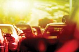 Trânsito afeta o vidro