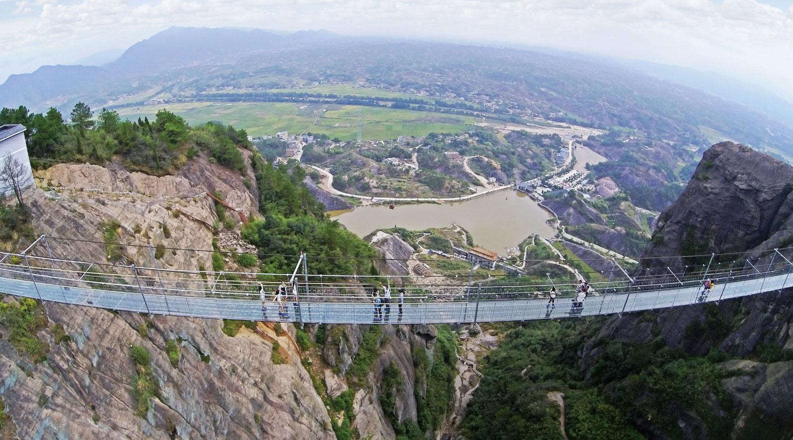 Pontes e passarelas de vidro